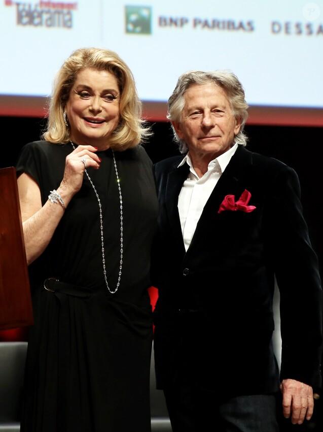 Catherine Deneuve, Roman Polanski - Remise du Prix Lumière 2016 à Catherine Deneuve lors du 8ème Festival Lumière à Lyon. Le 14 octobre 2016 © Dominique Jacovides / Bestimage