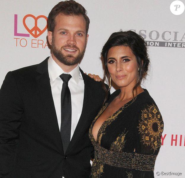 """Jamie-Lynn Sigler et son mari Cutter Dykstra lors de la 24ème soirée annuelle """"Race To Erase MS"""" à l'hôtel Beverly Hilton de Los Angeles le 5 mai 2017."""