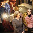 """La reine Paola et la princesse Claire de Belgique visitent à Bruxelles l'exposition """" de Van Dyck à Bellotto """""""