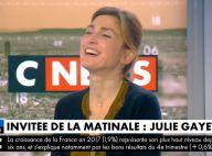 """Julie Gayet se dit """"plus du tout seule et libre à deux"""" avec François Hollande"""