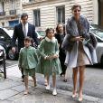 Louis de Bourbon, sa femme Margarita et leurs enfants Eugenie, Louis et Alphonse à Paris en décembre 2015 lors d'un mariage.
