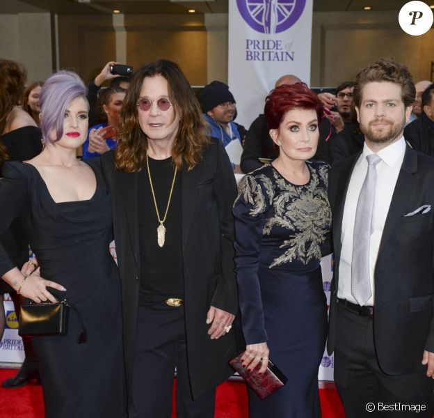 """Archives - Kelly Osbourne, Ozzy Osbourne, Sharon Osbourne et Jack Osbourne à la soirée """"Pride of Britain Awards"""" à Londres le 28 septembre 2015"""