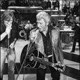 Gérard Depardieu et Johnny Hallyday dans Palmarès 80 àParis en 1980.