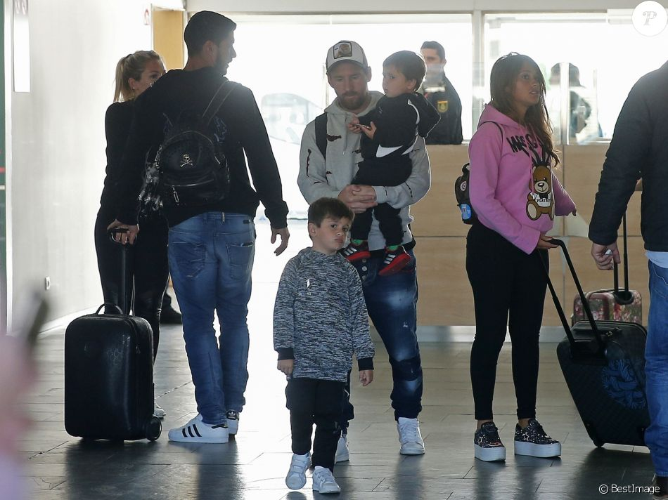 Lionel Messi, sa femme Antonella Roccuzzo (enceinte) et ...