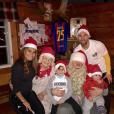 Lionel Messi et sa femme Antonella Roccuzzo avec leurs enfants Thiago et Mateo, photo Instagram Noël 2017