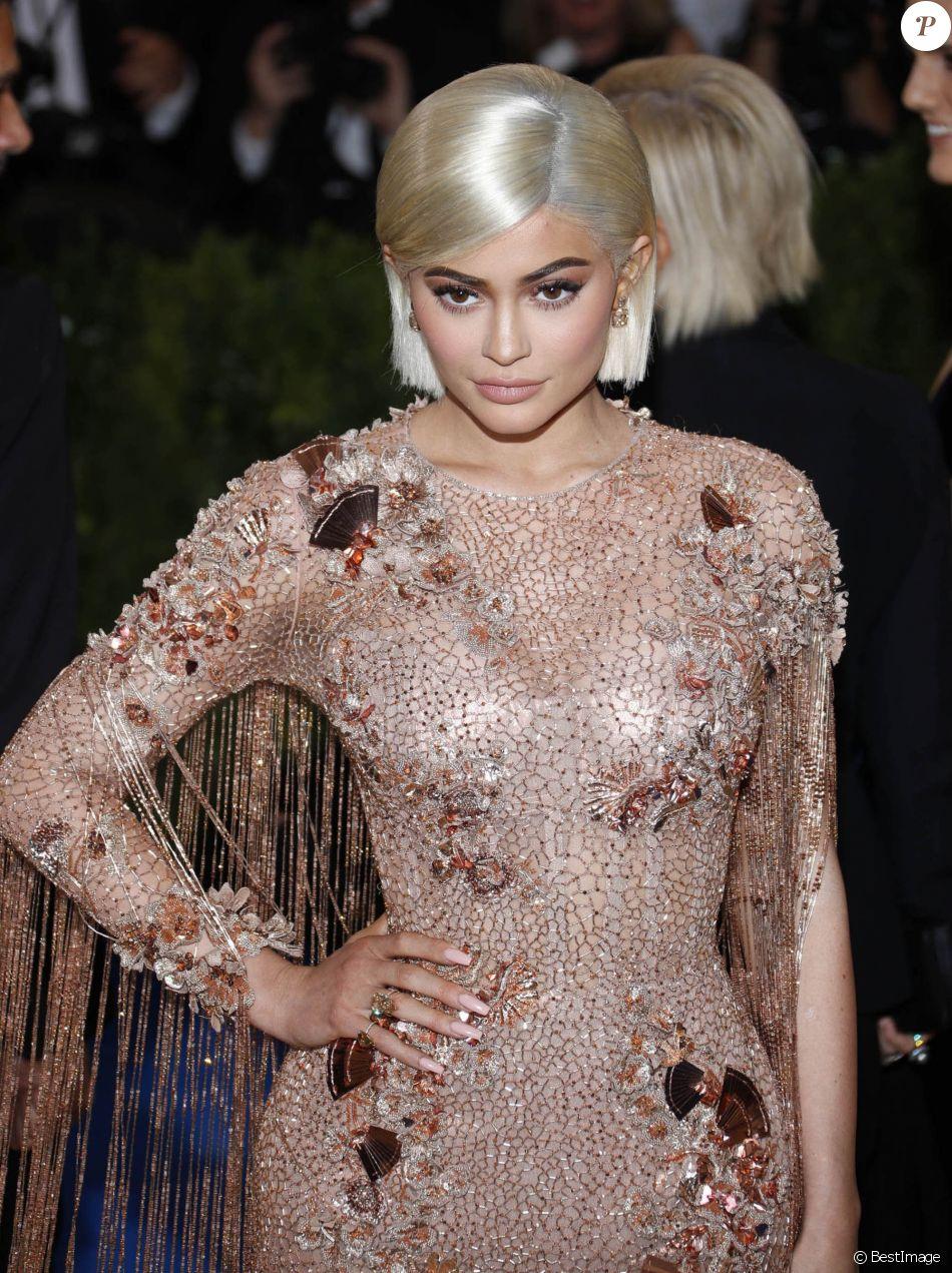 """Kylie Jenner - Les célébrités arrivent au MET 2017 Costume Institute Gala sur le thème de """"Rei Kawakubo/Comme des Garçons: Art Of The In-Between"""" à New York, le 1er mai 2017."""