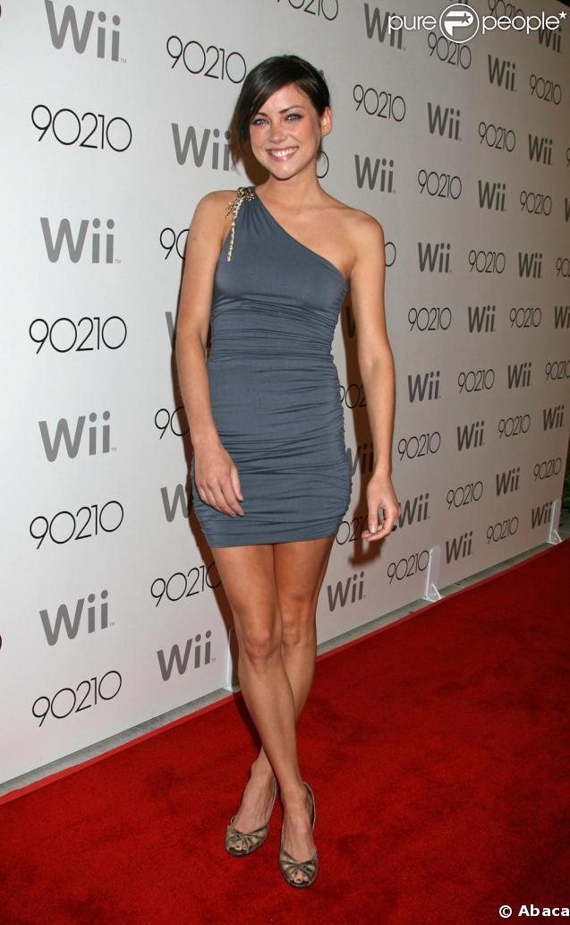 Jessica Stroup est venue célébrer la saison 2 de 90210