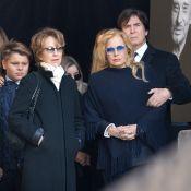 Sylvie Vartan soutient Nathalie Baye après sa charge contre le clan de Laeticia
