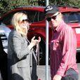 """Exclusif - Kirsten Dunst, enceinte, et son compagnon Jesse Plemons sortent de chez """"Kreation Organic Juice"""" à Los Angeles, le 18 janvier 2018."""