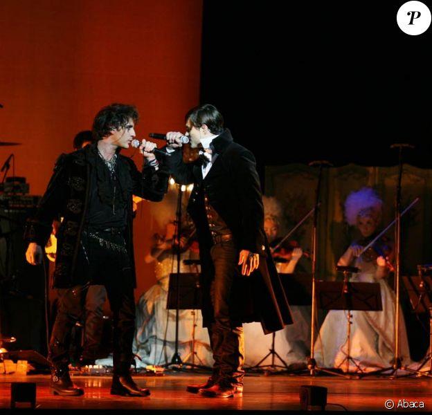 Mikelangelo Loconte et Florent Mothe dans leur duo Vivre à en crever.