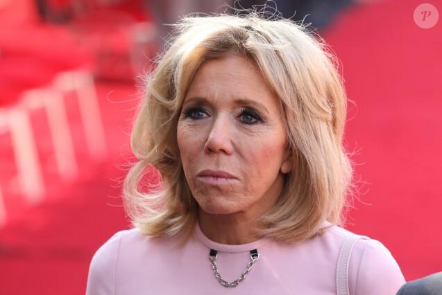 Une plainte déposée pour usurpation de l'identité de Brigitte Macron