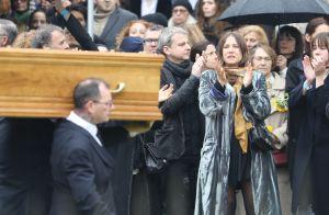 Obsèques de Jacques Higelin: Izïa, Arthur, Kên et leurs mères, unis pour l'adieu