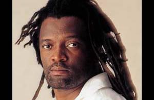 Un an et demi après le meurtre du roi du reggae, Lucky Dube... on a enfin trouvé les coupables !