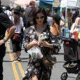 Jenna Dewan avec sa fille Everly au Farmer's Market à Los Angeles, le 22 avril 2018.