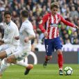 Raphael Varane, Daniel Carvajal et Antoine Griezmann lors du match Real Madrid - Atletico de Madrid. Madrid, le 8 avril 2018.