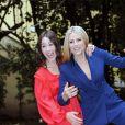 """Michelle Hunziker et Aurora Ramazzotti lors de la présentation de l'émission """"Vuoi Scommettere"""" à Milan, le 3 mai 2018."""