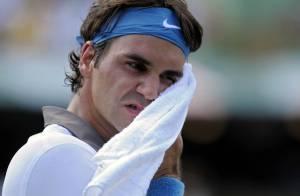 Quand Roger Federer pète les plombs en plein match... Regardez !