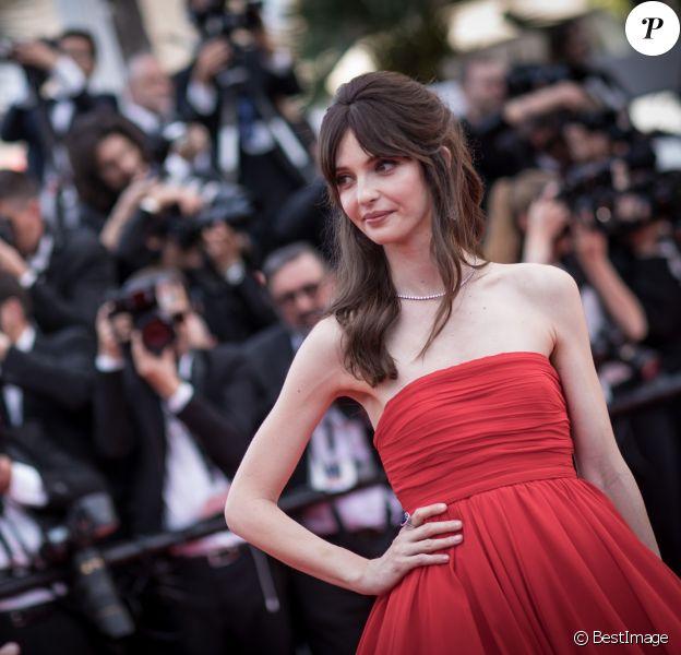 """Annabelle Belmondo - Montée des marches du film """"Everybody Knows"""" lors de la cérémonie d'ouverture du 71ème Festival International du Film de Cannes. Le 8 mai 2018 © Borde-Jacovides-Moreau/Bestimage"""