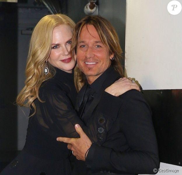 """Nicole Kidman et son mari Keith Urban pose pour les photographes à leur arrivée au gala """"Time 100"""" à New York, le 24 avril 2018."""