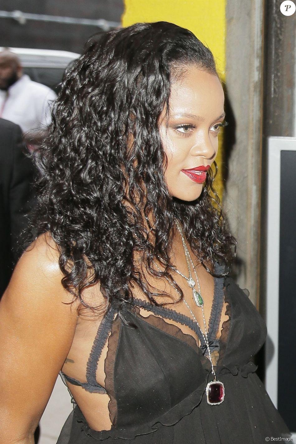 Rihanna arrive à la soirée d'inauguration Savage X Fenty Lingerie à New York, le 10 mai 2018.