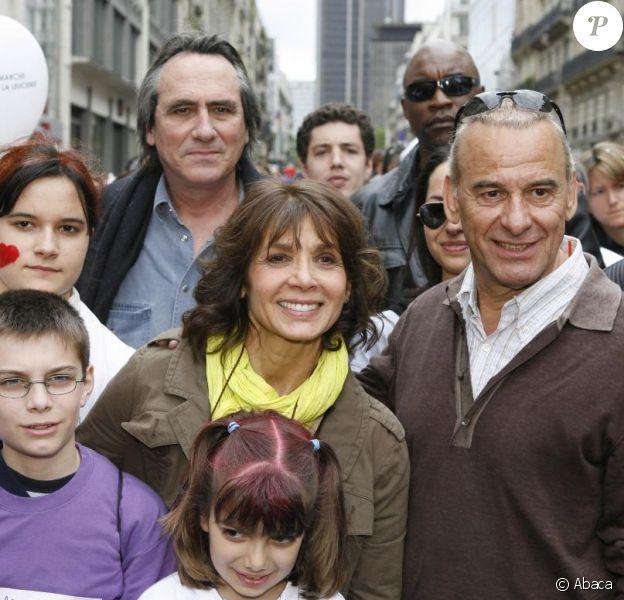 Michel Fugain et son épouse Stéphanie, à la marche de solidarité, en 2006.