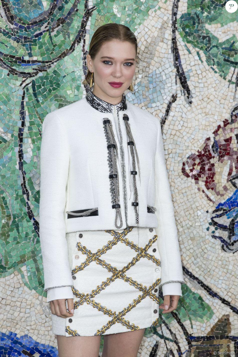 Léa Seydoux - Photocall du défilé de la collection croisière Louis Vuitton 2019 dans les jardins de la fondation d'art Maeght à Saint-Paul-De-Vence, France, le 28 mai 2018.