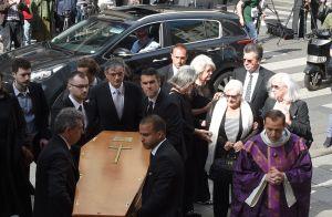Obsèques de Pierre Bellemare : L'émotion de Line Renaud et les stars
