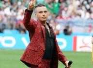Coupe du Monde : Robbie Williams fait un doigt d'honneur en plein show !