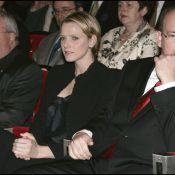 Le Prince Albert et Charlene Wittstock... il ne la calcule pas !