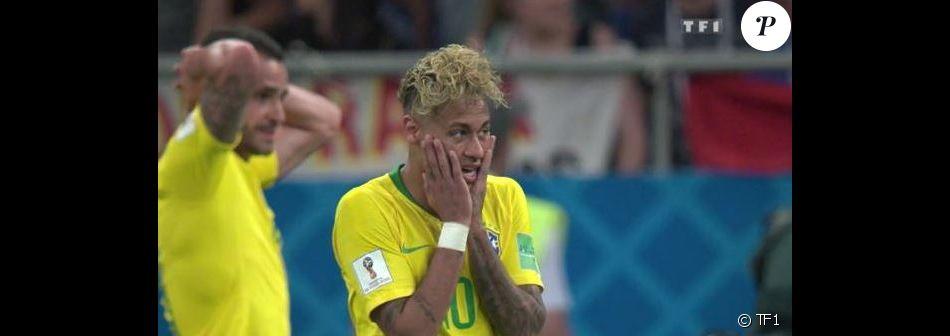 Neymar Lors Du Match De La Coupe Du Monde 2018 Bresil Suisse Tf1