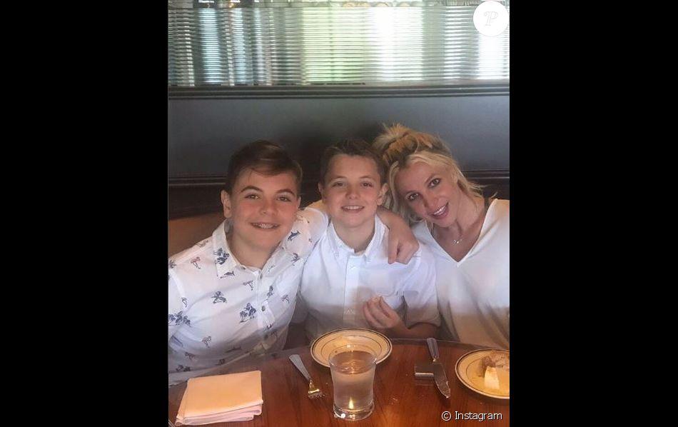 Britney Spears et ses fils. Instagram, mai 2018
