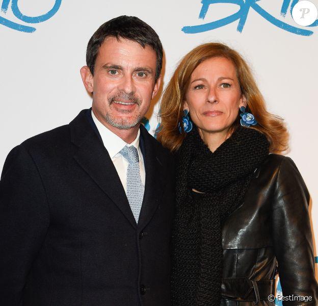 """Manuel Valls et sa femme Anne Gravoin - Avant-première du film """"Le Brio"""" au cinéma Gaumont Opéra à Paris, le 21 novembre 2017. © Coadic Guirec/Bestimage"""