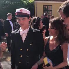 Le prince Nikolai de Danemark filmé par Se og Hor le 27 juin 2018 lors de la cérémonie de remise de diplôme de son école, Herlufsholm près de Naevsted, en présence de son père le prince Joachim, sa mère la comtesse Alexandra de Frederiksborg et sa belle-mère la princesse Marie.
