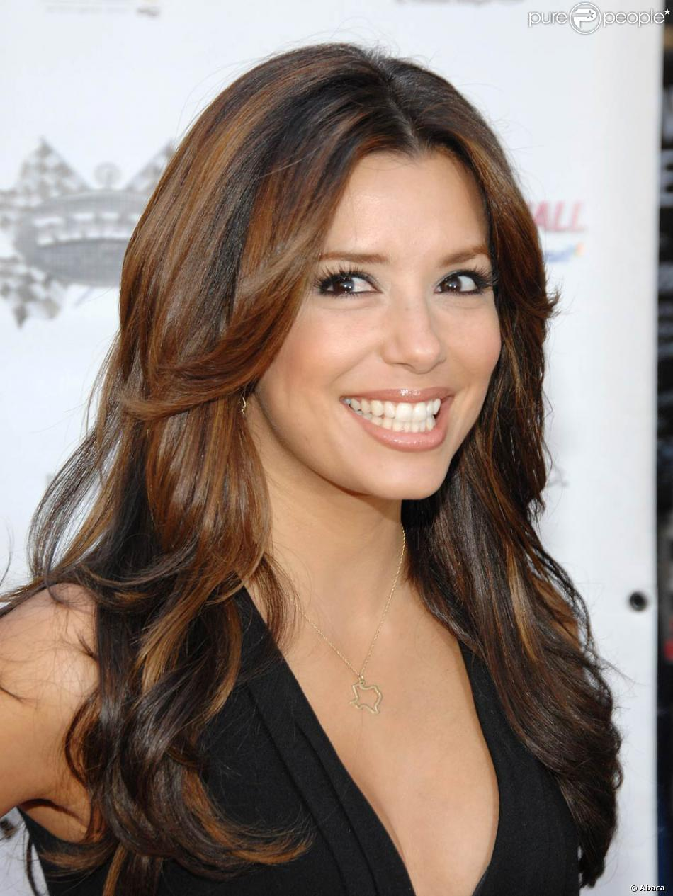 eva longoria une femme amoureuse et jalouse. Black Bedroom Furniture Sets. Home Design Ideas