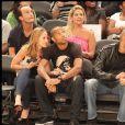 Thierry Henry et sa compagne Andrea, Tony Parker et Eva Longoria à New York en 2010.