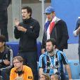 Dany Boon et son fils Mehdi - Célébrités dans les tribunes lors de la demi-finale de la coupe du monde opposant la France à la Belgique à Saint-Pétersbourg le 10 juillet 2018 © Cyril Moreau/Bestimage