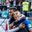 Presnel Kimpembe et Kilian Mbappé - La joie de l'équipe de France après sa victoire en demi-finale de la coupe du monde 2018 contre la Belgique à Saint-Pétersbourg le 10 juillet 2018