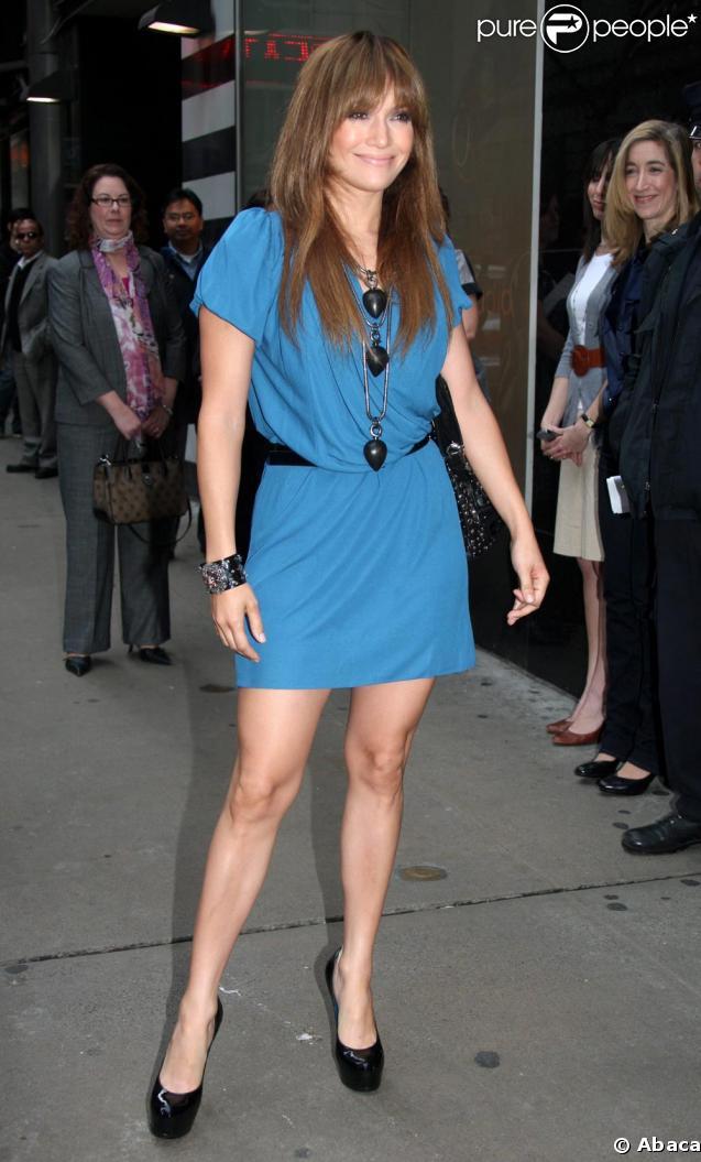 Jennifer Lopez affiche une ligne d'enfer !