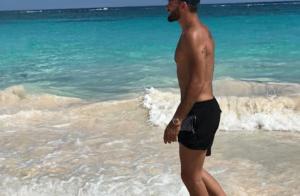 Nabilla topless dans les Bermudes : La belle enchaîne les clichés hot !