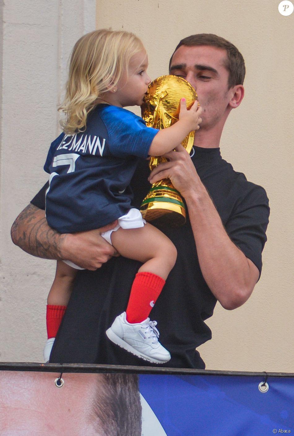 Antoine Griezmann revient dans sa ville natale de Mâcon pour célébrer son titre de champion du monde le 20 juillet 2018.