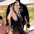 Lindsay Lohan, légèrement dénudée, passe du bon temps dans un club à Mykonos, le 7 juin 2018.