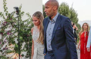 Thierry Henry avec sa belle Andrea pour fêter le mariage de Cesc Fabregas
