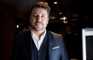 Bruno Guillon : Son habitude honteuse pendant les vacances