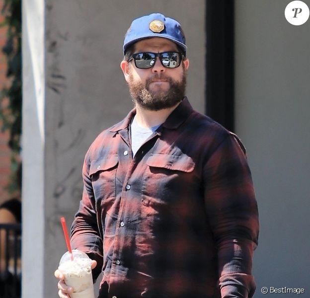 Exclusif - Jack Osbourne a été aperçu une glace à la main dans les rues de Studio City à Los Angeles, le 17 juillet 2018.