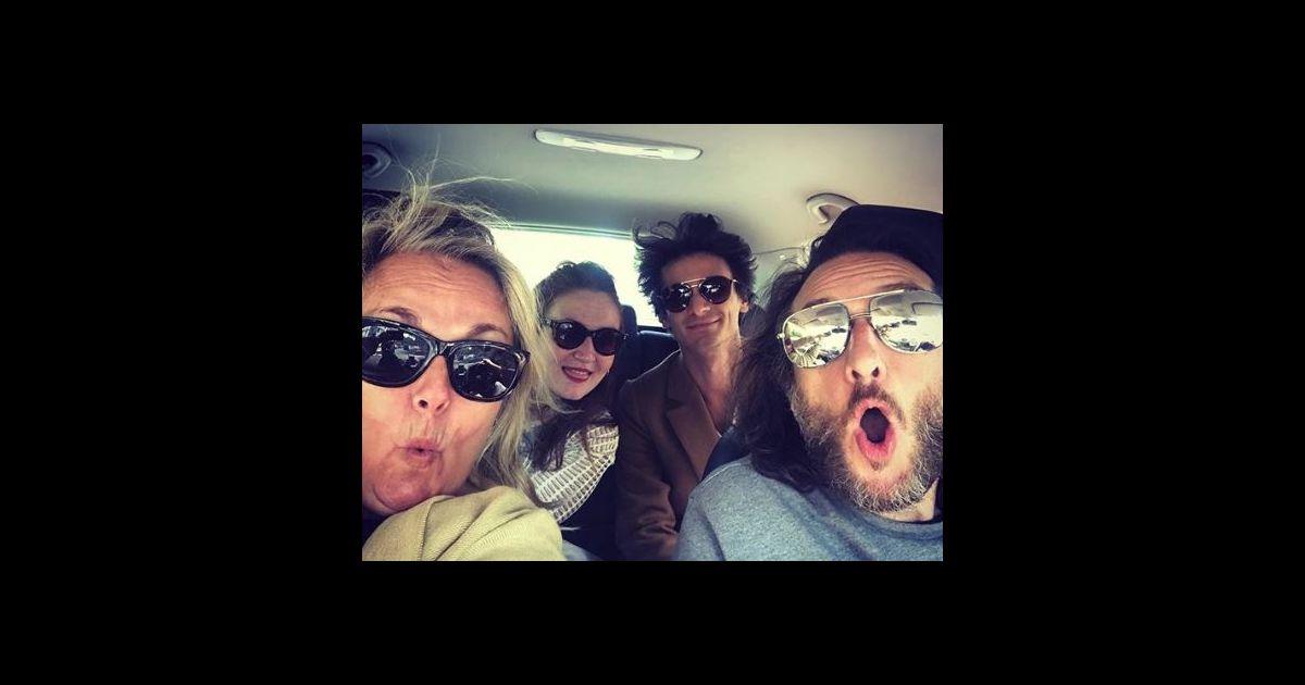 Val rie damidot en voiture avec sa famille son mari son fils et sa fille instagram 19 mai - Valerie damidot et son mari ...