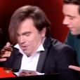 """Frédéric Longbois dans """"The Voice 7"""" sur TF1, le 3 février 2018. Ici avec Mika."""