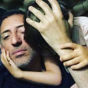 Gad Elmaleh : Câlin avec Raphaël et en manque de son fils Noé