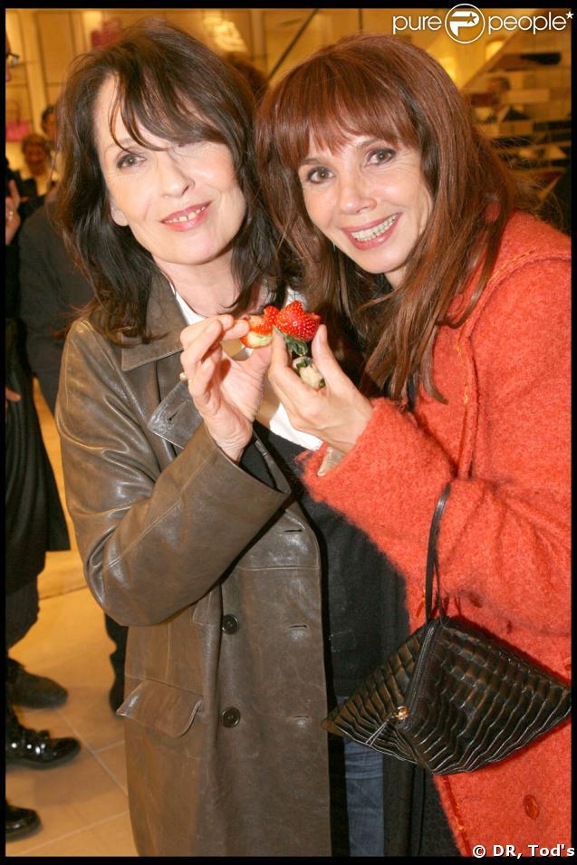 Chantal Lauby, Victoria Abril et leurs fraises, lors de la soirée Tod