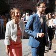 Ségolène Royal au bras de son fils Thomas Hollande lors de son mariage avec Emilie Broussouloux le 8 septembre 2018 à Meyssac en Corrèze. © Patrick Bernard-Guillaume Collet / Bestimage