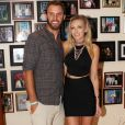 Dustin Johnson et Paulina Gretzky à la soirée du nouvel an 2016 de Shep Gordon au 'Wailea Beach Marriott Resort & Spa' à Hawaï, le 31 décembre 2015.